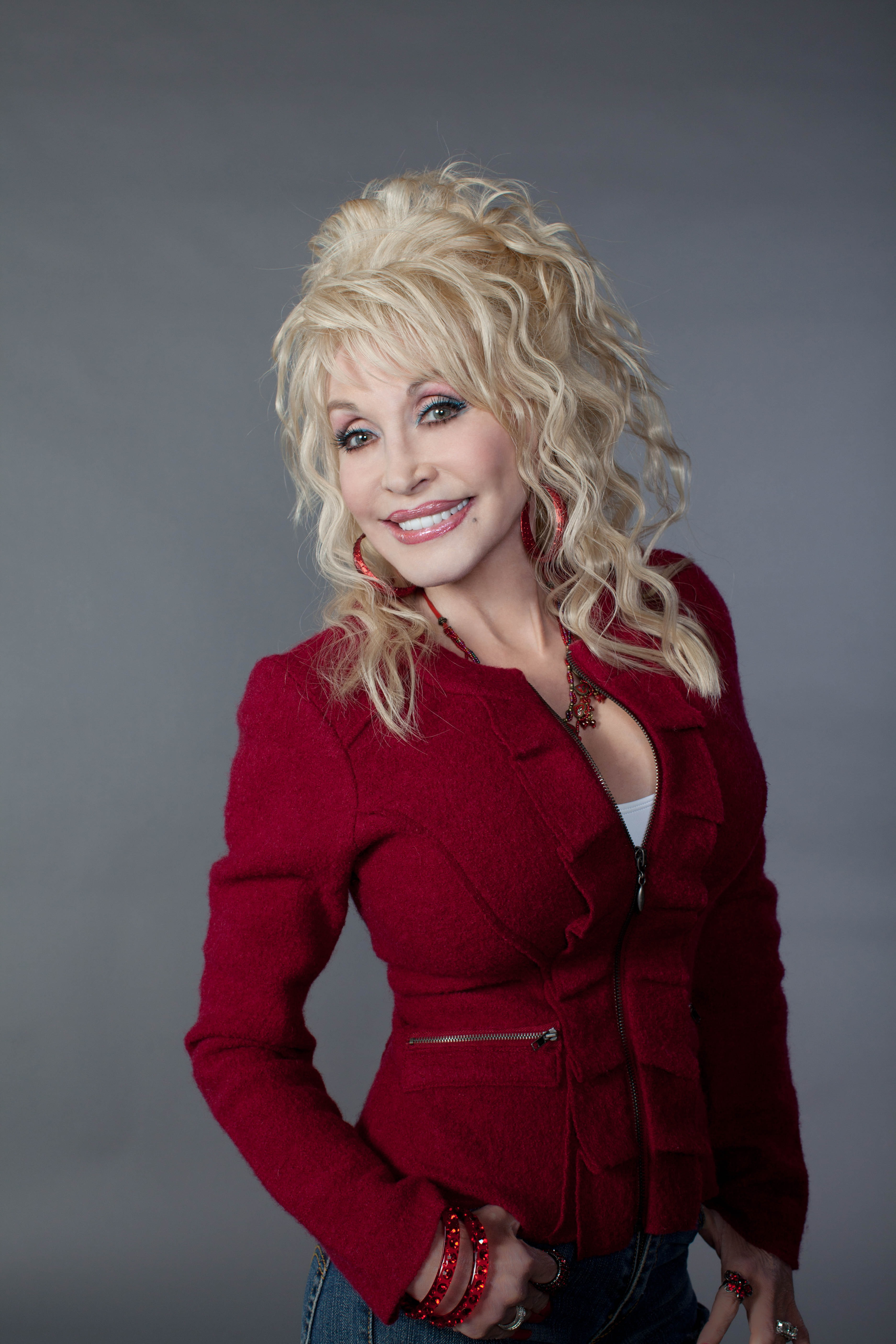Dolly Parton Cassadee Pope To Perform On Nbcs The Voice Cdx