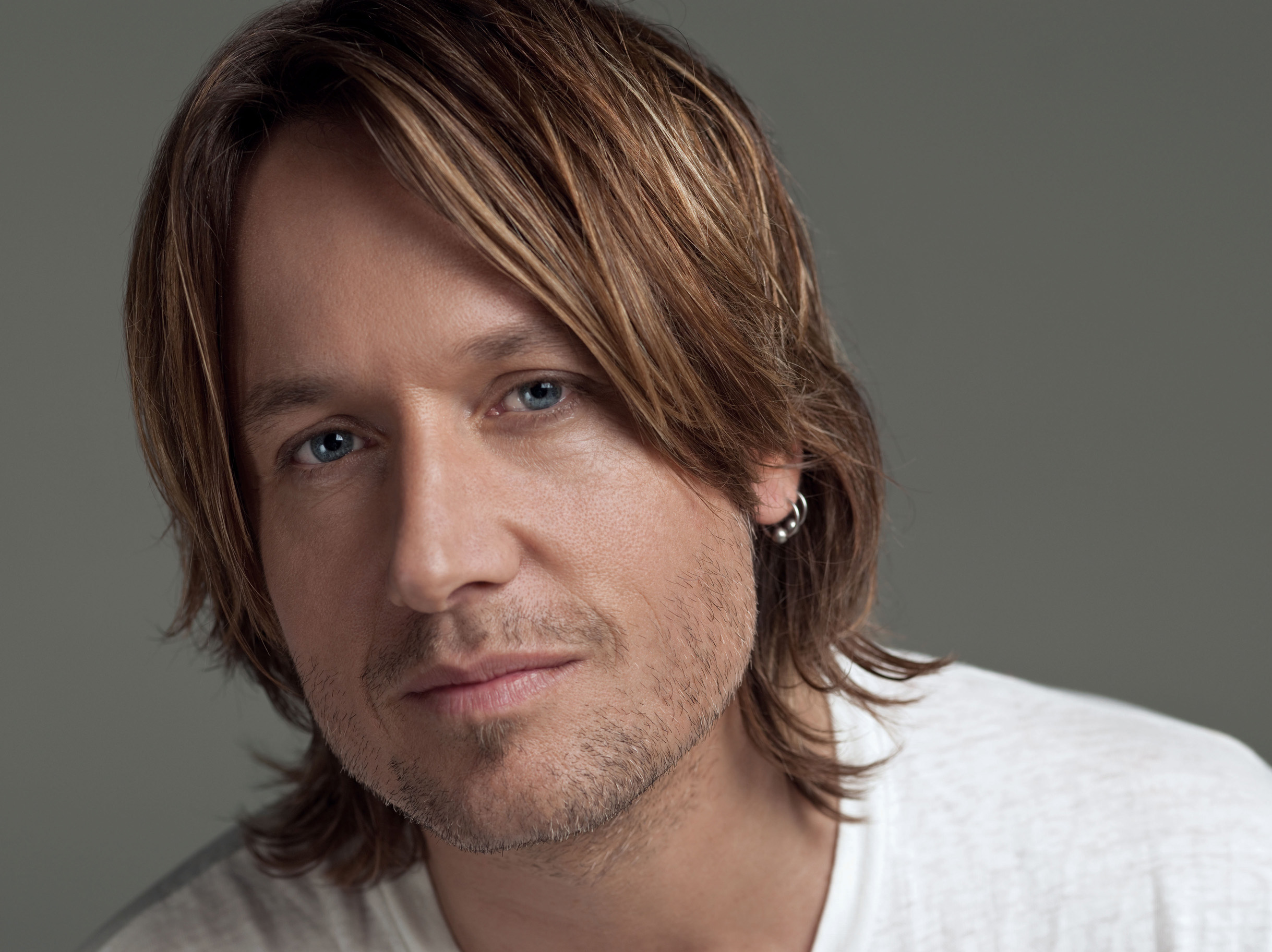 keith urban Listen to top country songs by keith urban read the latest news and watch videos on cmtcom.