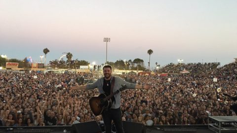 CAPACITY CROWDS COME OUT FOR CHRIS YOUNG'S HEADLINING CONCERTS LAST WEEK